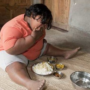 Девятилетняя 92-килограммовая школьница никак не может наесться