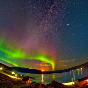 Зимняя сказка: северное сияние в Гренландии. Видео
