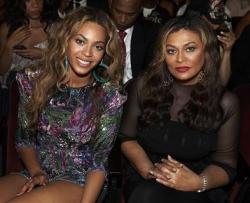 beyonce_knowles_tina_knowles