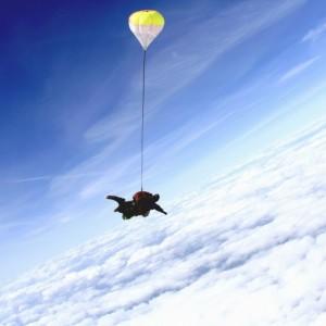 Почему пассажирам самолётов не выдают спасательные парашюты