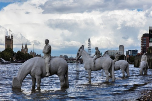 1802510-R3L8T8D-800-the-rising-tide-jason-decaires-taylor-london-designboom-02-2