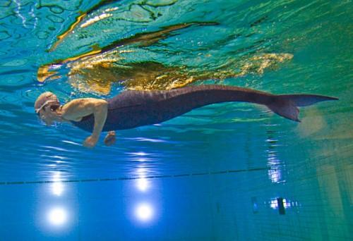 201102-omag-mermaid-600x411