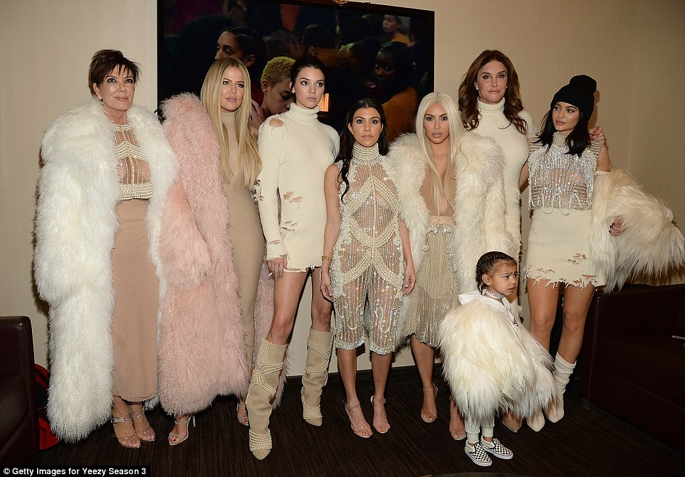 311C388600000578-3443435-Fashionistas_From_left_Kanye_s_family_Kris_Jenner_Khloe_Kardashi-a-119_1455241972202