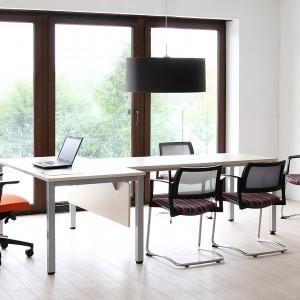 Какие стулья для офиса стоит купить?